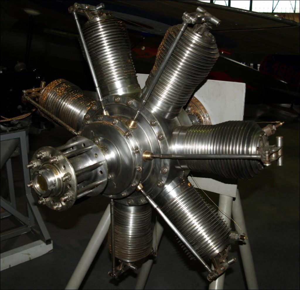 Ротативный двигатель.Чумазый вояка...